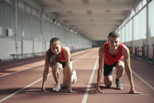 Twee atleten met lenzen